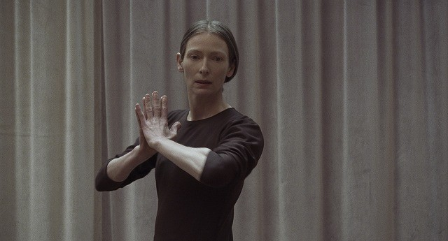T・スウィントン、「サスペリア」で演じたカリスマ振付師の魅力を語る