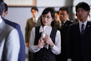 「七つの会議」に出演した朝倉あき「七つの会議」