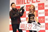 「3回見た」的場浩司&ゆきぽよ、自ら客席に降りて「マイル22」猛アピール!
