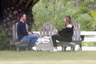 クリス・プラットがキャサリン・シュワルツェネッガーとスピード婚約