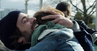 ロマン・デュリスが仕事と育児に大忙しの父親に 「パパは奮闘中!」4月27日公開