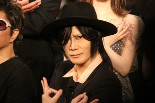GACKT、「翔んで埼玉」のオファー「即答で断った」 撮影初日は二階堂ふみとキスシーン