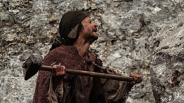 第73回ベネチア国際映画祭 「監督・ばんざい!」賞を獲得
