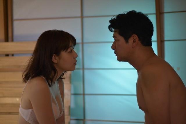 永岡怜子が主演する「グラグラ」 (C)2019キングレコード