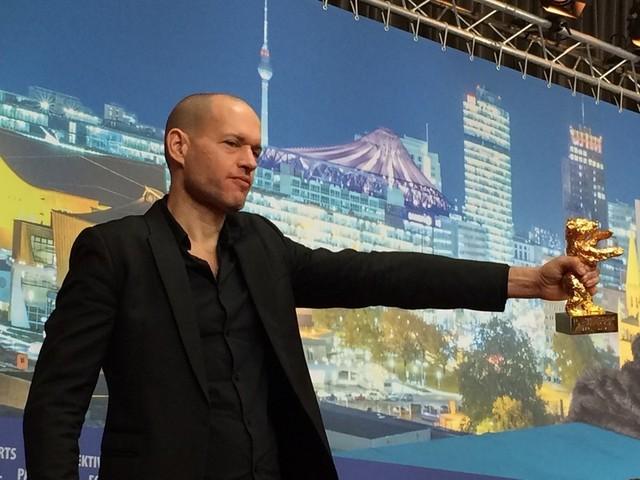 金熊賞を受賞したイスラエルの ナダブ・ラピド監督