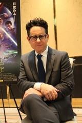 J・J・エイブラムス監督「SW エピソード9」クランクアップを発表