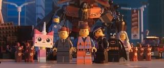 バットマンは炎のギターをかき鳴らす!「レゴ(R) ムービー2」