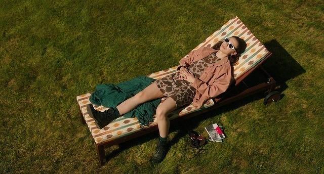 「JUNO」「レディ・バード」に続くニューヒロイン誕生 「さよなら、退屈なレオニー」予告 - 画像1