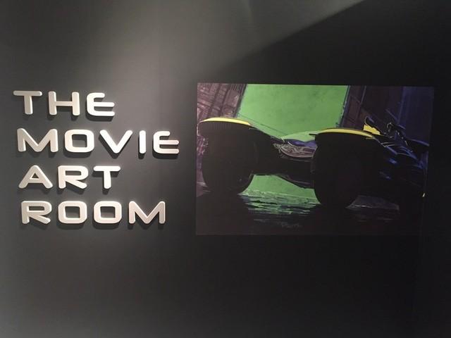多数の傑作SF映画のコンセプト画をまとめたコーナーも
