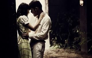 金城武&長澤まさみ、ずぶ濡れで抱き合う…ジョン・ウー監督「The Crossing」場面写真入手