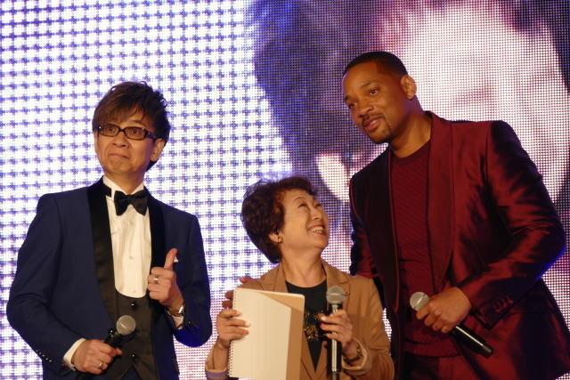 ウィル・スミス、ジーニーの声優を務める山寺宏一と対面「共通点はハンサムなところ」