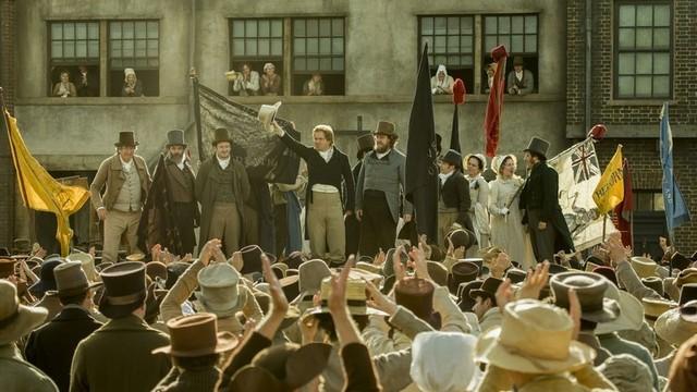 イギリスで起きた「ピータールーの虐殺」を映画化
