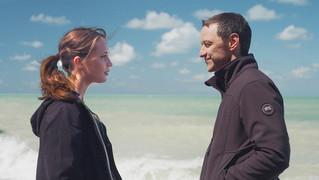 極限下のラブサスペンスを圧巻の映像美で ベンダース最新作「世界の涯ての鼓動」予告