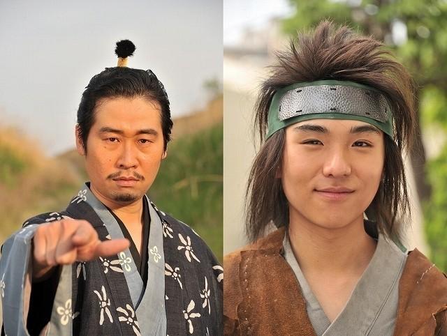 前野朋哉(左)&若林時英が戦国時代の 魔王と忍者に