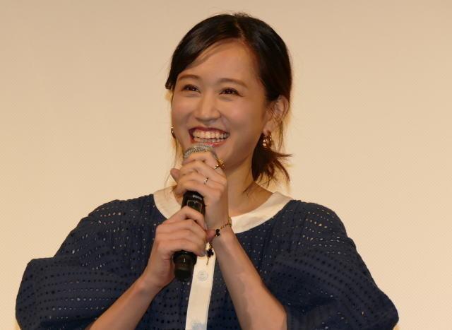笑顔の前田敦子