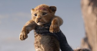 「ライオン・キング」は実写?アニメ? J・ファブロー監督も答えられず…