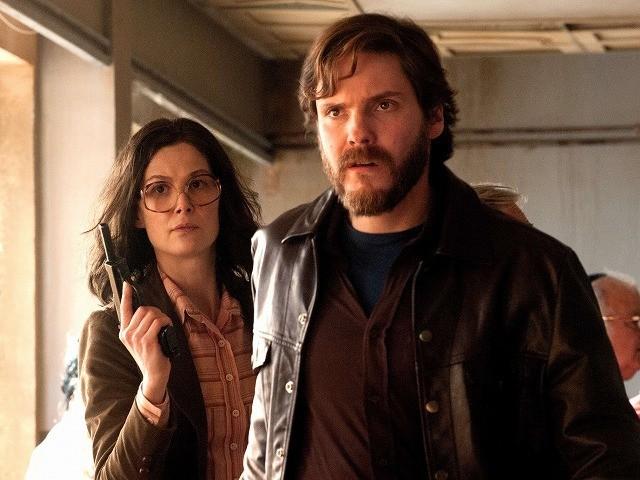 R・パイク×D・ブリュール 実際のハイジャック事件と救出劇を映画化した衝撃作10月公開
