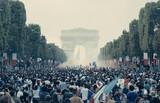米アマゾン、2005年パリ郊外暴動事件題材の「レ・ミゼラブル」を獲得