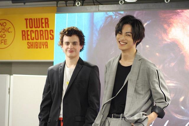 アルゼンチンと日本の美男子がトーク