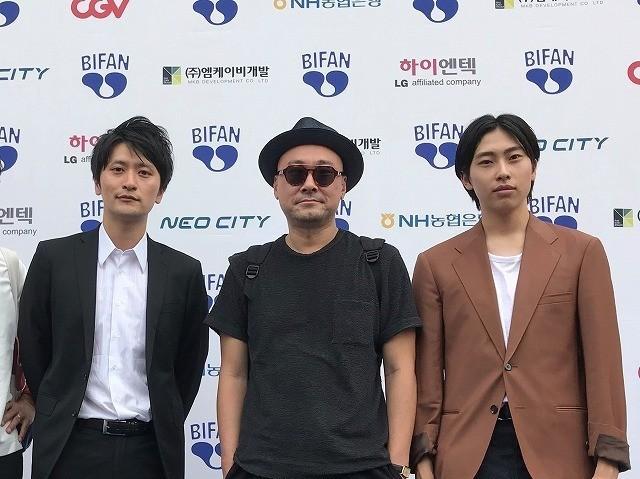 「家族マニュアル」の内田英治監督、 山中雄輔、山本篤士