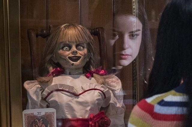 呪いのアナベル人形の封印が解かれ 最悪の事態に!