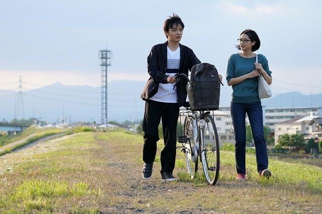 岡山天音主演×飯塚俊光監督「踊ってミタ」に多才な個性派出演、場面写真も公開