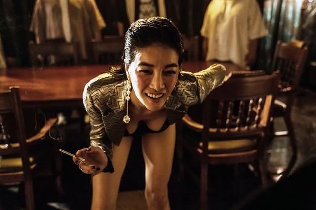 「親切なクムジャさん」「お嬢さん」の脚本家が手掛けるリメイク版「毒戦」予告入手 - 画像7