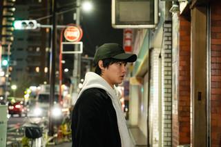 野村周平×ANARCHY「WALKING MAN」撮影現場に潜入 下町の中華屋で何が起きたのか?