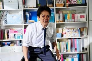 池松壮亮、本気で前歯を抜こうとしていた!「宮本から君へ」新場面写真
