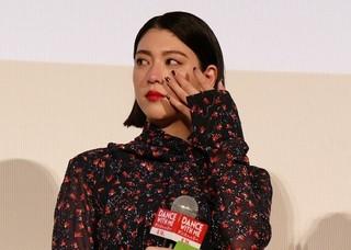 """三吉彩花、「ダンスウィズミー」矢口史靖監督からの手紙に""""感涙"""""""