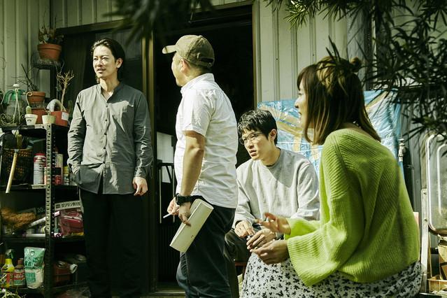 佐藤健、無精ヒゲ姿で新境地!白石和彌監督「ひとよ」撮影現場に潜入 - 画像3
