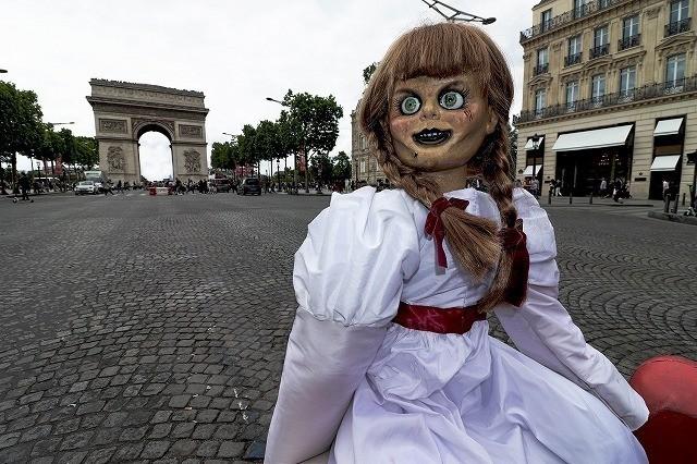 """アナベルちゃん、世界中を旅してついに…""""あの人形""""に反撃!衝撃写真を入手 - 画像5"""