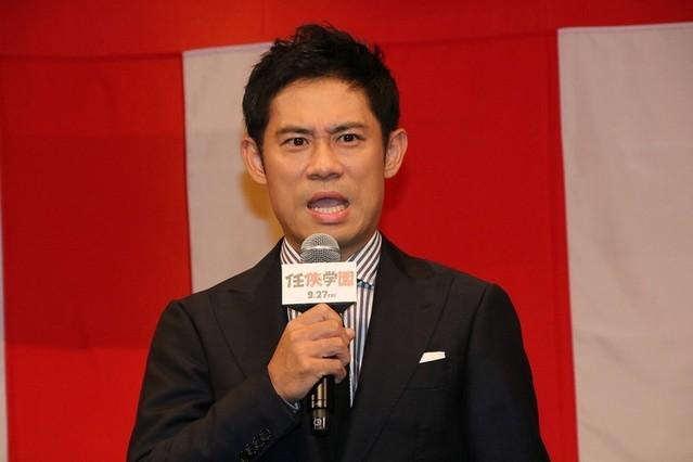 西島秀俊が「任侠学園」で反省 西田敏行アドリブに「吹いちゃいました」 - 画像3