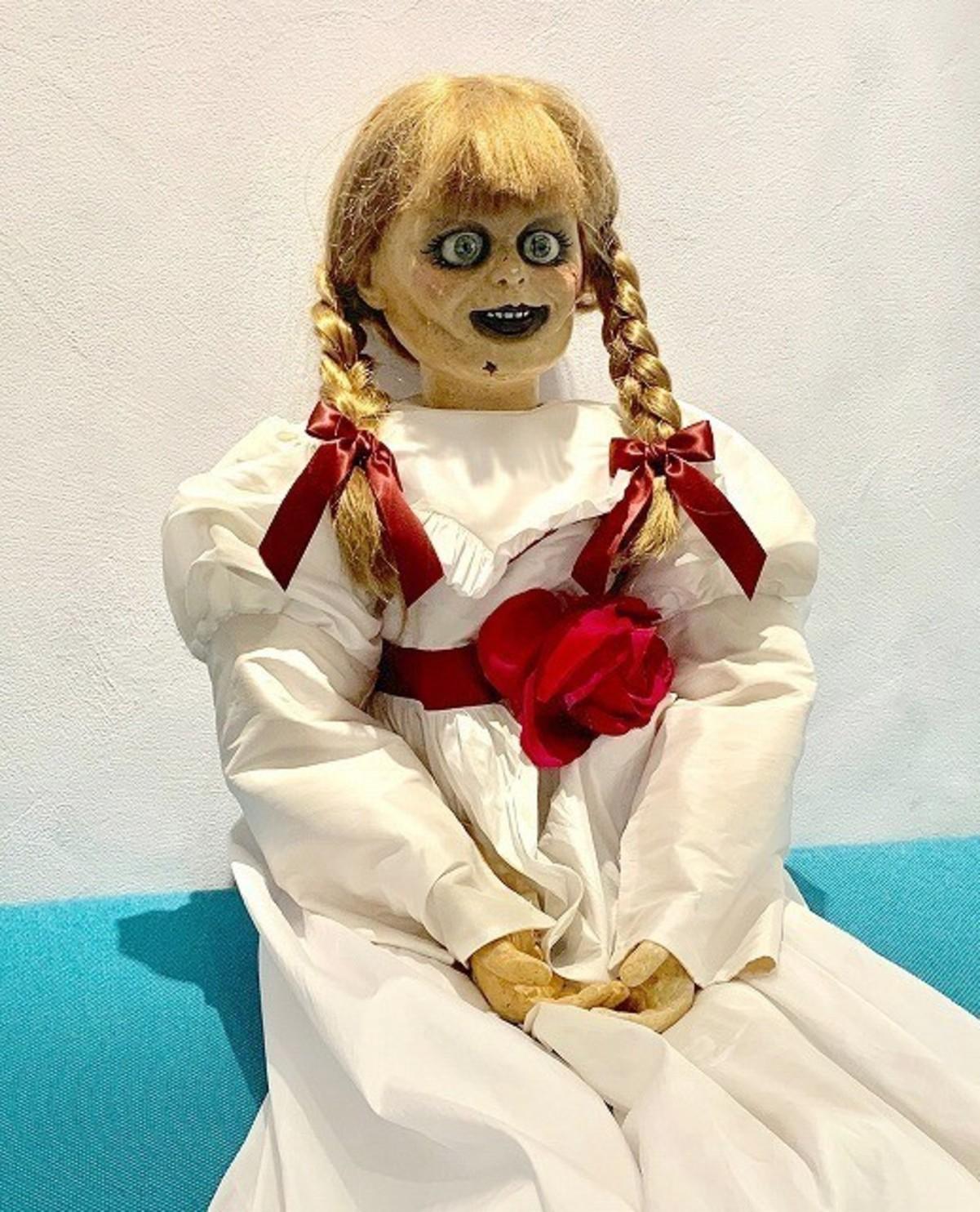 本物 アナベル 人形