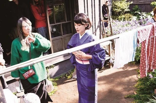 「人間失格」メイキング写真入手 蜷川実花監督が映し出す、気高く美しい女性たち - 画像1