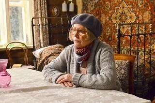 余命宣告を受けたおばあちゃんが、棺桶も墓穴も自分で準備!?「私のちいさなお葬式」予告入手
