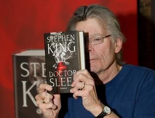 スティーブン・キング、72歳の誕生日記念!「ドクター・スリープ」特別映像公開&貴重写真公開