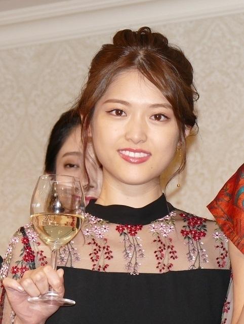 完成祝賀パーティに 出席した松村沙友理
