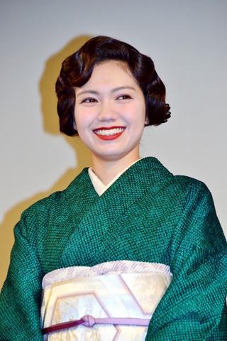 """""""京女""""二階堂ふみ、伊藤沙莉らと「生理ちゃん」に共感!"""