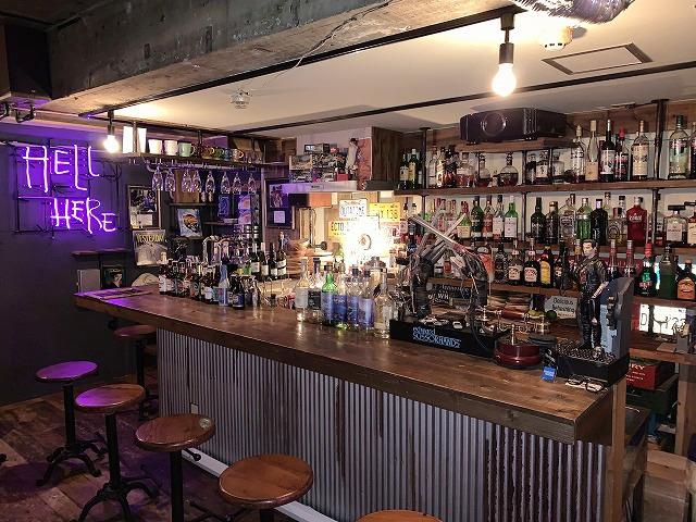【映画食べ歩き日記】高円寺「Cafe & Bar BIG FISH」 圧巻の映像&音響システムを備える、映画ファンの秘密基地