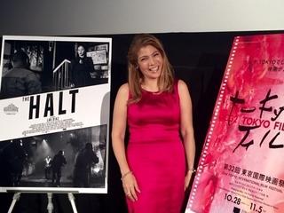 フィリピンの鬼才ラブ・ディアスのカンヌ出品作「停止」 女優が来日し作品を解説