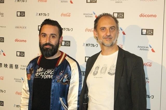 アリツ・モレノ監督(左)、原作者アントニオ・オレフド