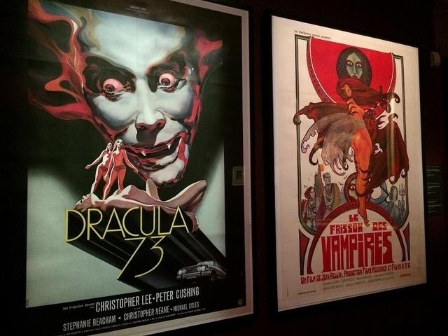 パリのシネマテークで開催中のバンパイア展「VAMPIRES de Dracula a Buffy」