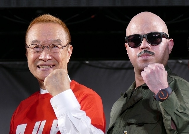 トークイベントを行った神谷明(左)