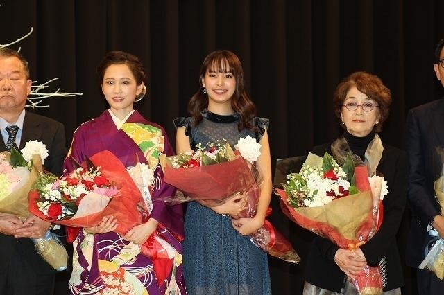 前田敦子、関水渚、倍賞千恵子ら華やかな女優陣がズラリ!