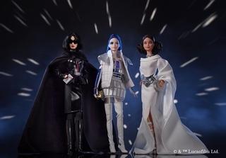 映画「スター・ウォーズ」×バービー! R2-D2らをハイファッションで再現