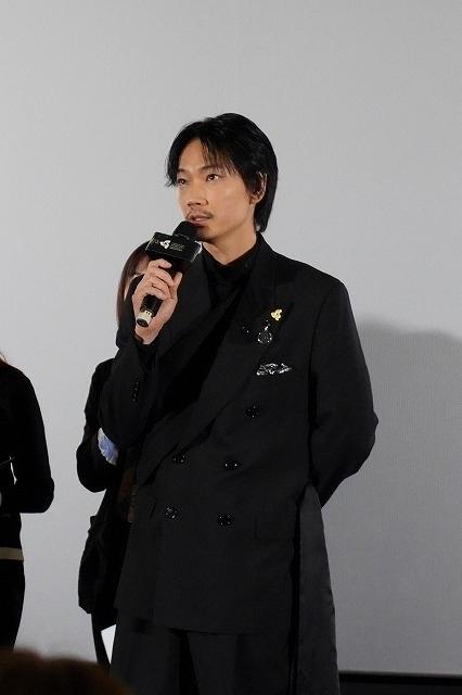 松田龍平、海外の映画祭で初受賞! 綾野剛&大友啓史監督と「影裏」ワールドプレミアに参加 - 画像8
