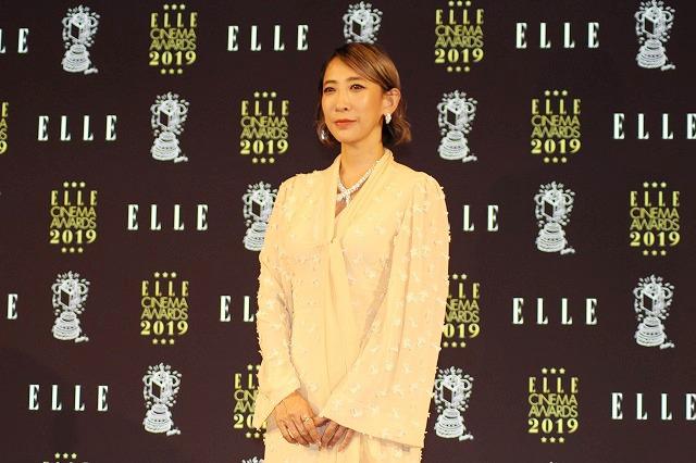 中村倫也、大活躍だった2019年を振り返る 恋愛ドラマの三角関係に絡む役に喜び - 画像8