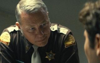 「テッド・バンディ」にメタリカのあの人が出演!敏腕警察官役で存在感放つ