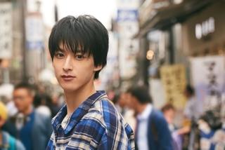 伊藤あさひ、黒髪で迎える20歳目前!2020年は「全ての作品に全力で挑む」
